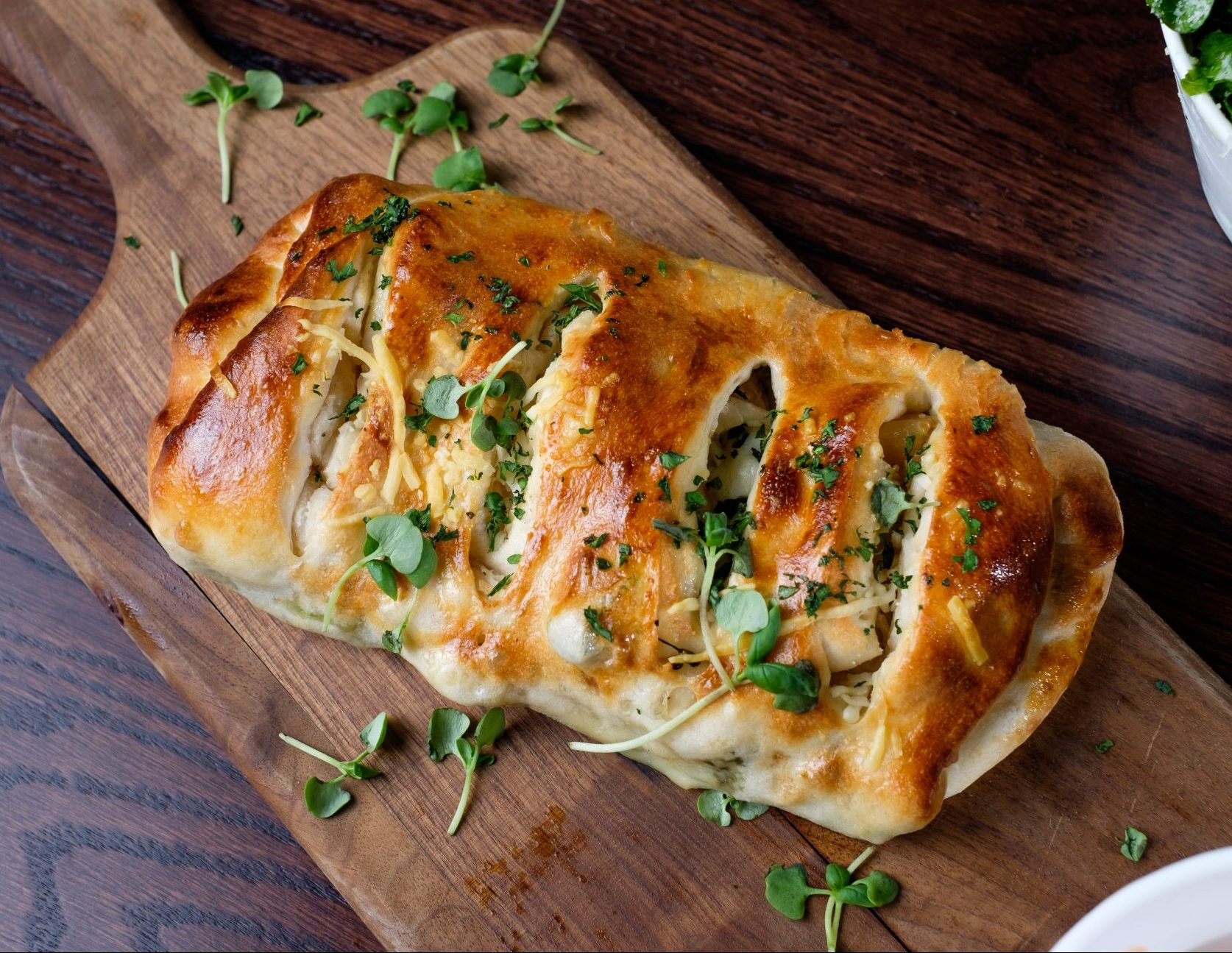 CHICKEN & BROCCOLI RABE STROMBOLI